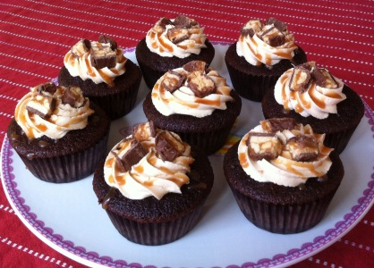 Photo of Snickers Cupcake